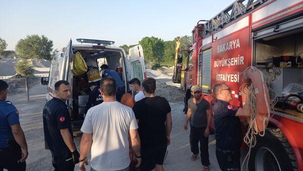 Kız arkadaşının yakınları tarafından darp edilerek nehre atıldı - Sputnik Türkiye