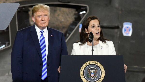 ABD'de Cumhuriyetçilerin Temsilciler Meclisi'ndeki yeni 3 numaralı ismi, Trump'a yakın Elise Stefanik oldu - Sputnik Türkiye
