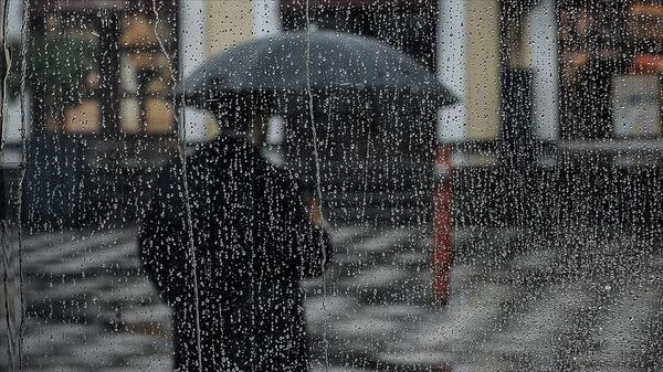 yağmur-yağış-şemsiye - Sputnik Türkiye