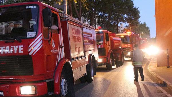 İstanbul Üniversitesi Tıp Fakültesi'nde 24 saat içinde 2. yangın - Sputnik Türkiye