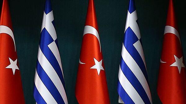 Türkiye Yunanistan bayrakları - Sputnik Türkiye