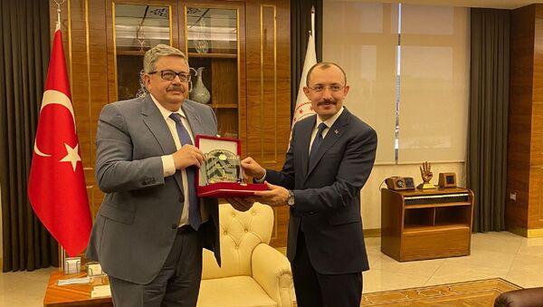 Rusya'nın Ankara Büyükelçisi Aleksey Yerhov, Ticaret Bakanı Mehmet Muş'a nezaket ziyaretinde bulundu. - Sputnik Türkiye