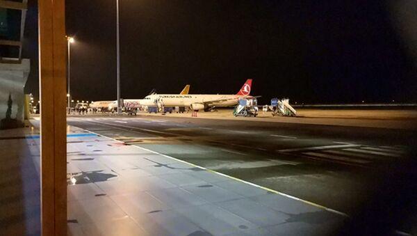 Ordu-Giresun Havalimanı'nda uçağa bomba ihbarı - Sputnik Türkiye