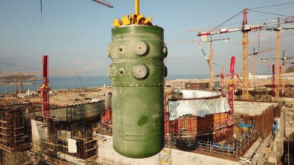 Akkuyu Nükleer Güç Santrali'nde birinci ünitenin reaktör kabı - Sputnik Türkiye