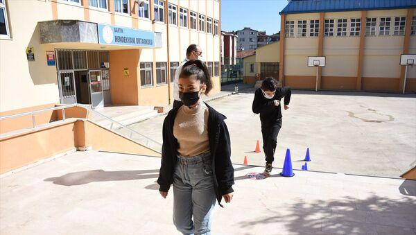 Liselere Geçiş Sistemi (LGS)  - Sputnik Türkiye