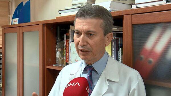 Ankara Üniversitesi Enfeksiyon Hastalıkları Ana Bilim Dalı Başkanı Prof. Dr. İsmail Balık - Sputnik Türkiye
