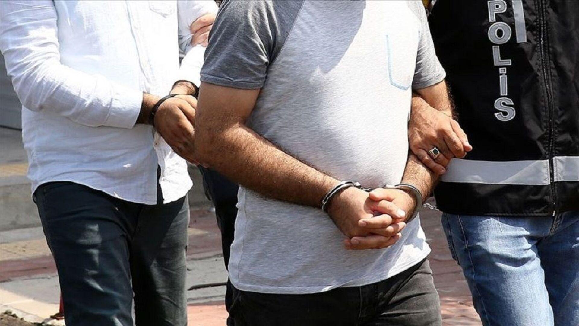 gözaltı,  tutuklama - Sputnik Türkiye, 1920, 14.10.2021