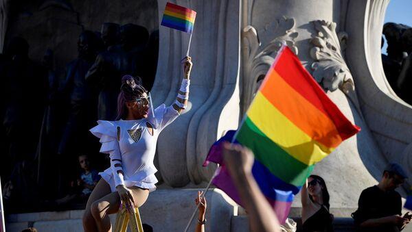 Macaristan - LGBTQ yasa tasarısı - protesto - Sputnik Türkiye