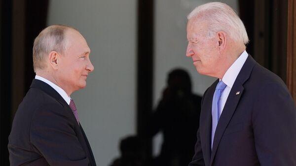 Putin - Biden / Cenevre - Sputnik Türkiye
