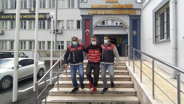 Bursa'da bankadan 200 lira çalan kişi - Sputnik Türkiye