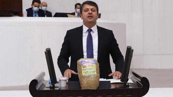 CHP'li Tutdere'den tütüne hapis cezasına tepki  - Sputnik Türkiye