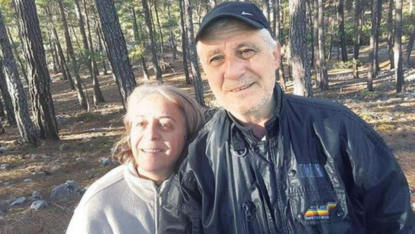 Ali Ulvi - Aysin Büyüknohutçu - Sputnik Türkiye