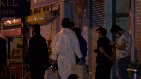 'Dikkat bomba var' notuyla cesetleri bulunan anne-oğul - Sputnik Türkiye
