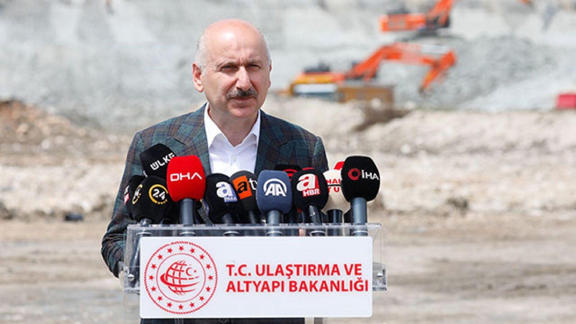 Ulaştırma ve Altyapı Bakanı Adil Karaismailoğlu - Sputnik Türkiye, 1920, 03.07.2021