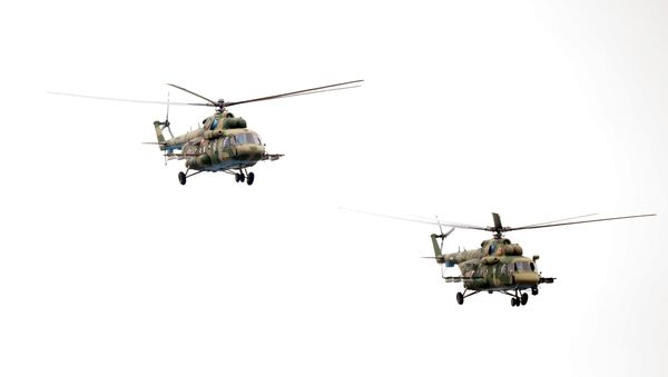 Mi-8 tipi helikopteri - Sputnik Türkiye
