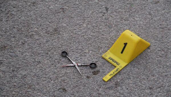 Tartıştığı arkadaşını makasla öldürdü - Sputnik Türkiye