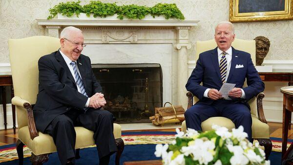 Beyaz Saray'da Biden-Rivlin görüşmesi: İsrail'in ABD'den daha büyük ve daha cesur bir dostu yoktur - Sputnik Türkiye