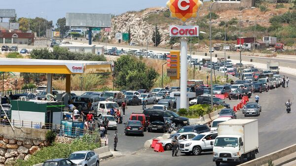 Lübnan -  benzin krizi - Sputnik Türkiye