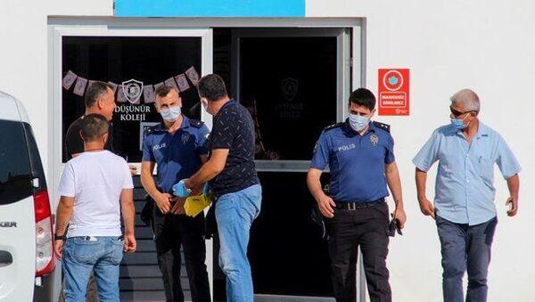 Davayı kaybedince avukatı vurdu: 'Bizi iyi savunmadın' - Sputnik Türkiye