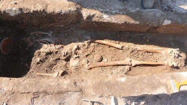 Perre Antik Kenti'nde bin yıllık iskelet bulundu  - Sputnik Türkiye