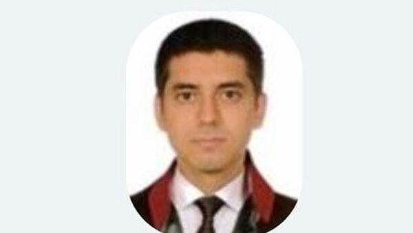 E-5'te intihar eden avukat Gökhan Dirican - Sputnik Türkiye