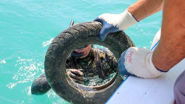 Bodrum'da deniz dibi temizliği: 344 kilogram atık çıkarıldı - Sputnik Türkiye