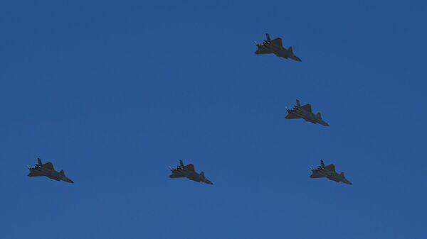 J-20 savaş uçağı - Sputnik Türkiye