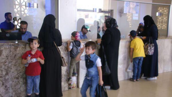 Türkiye'deki Suriyeli mülteciler, Kurban Bayramı için evlerine dönmeye başladı - Sputnik Türkiye