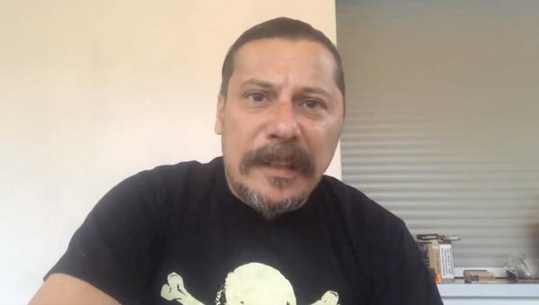 Erk Acarer - video - Sputnik Türkiye