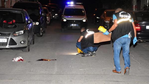 WhatsApp'tan adres tarif etti, gelip tabanca ile vurdular - Sputnik Türkiye