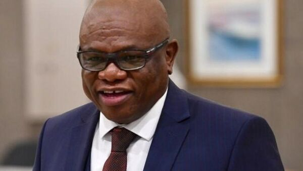 Johannesburg Belediye Başkanı Makhubo, Kovid-19 nedeniyle yaşamını yitirdi - Sputnik Türkiye