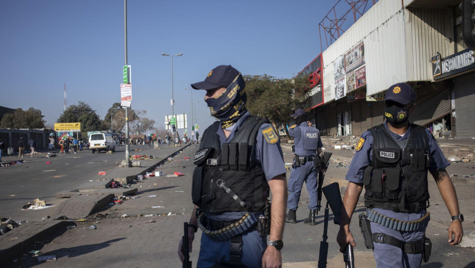 Güney Afrika'daki protestolarda 6 kişi hayatını kaybetti - Sputnik Türkiye, 1920, 12.07.2021