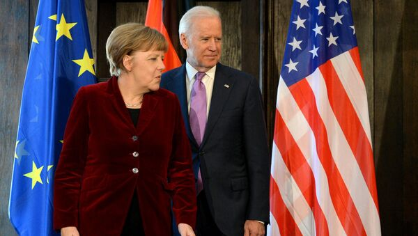 Angela Merkel -  Joe Biden - Sputnik Türkiye