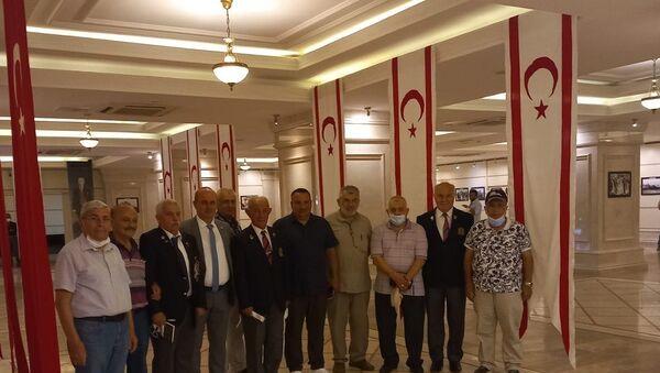Kıbrıs Barış Harekatı'na katılan askerler 47 yıl sonra bir araya geldi - Sputnik Türkiye