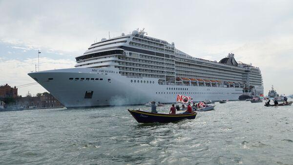 Dev kruvaziyer gemilerinin Venedik'e girişi yasaklandı - Sputnik Türkiye