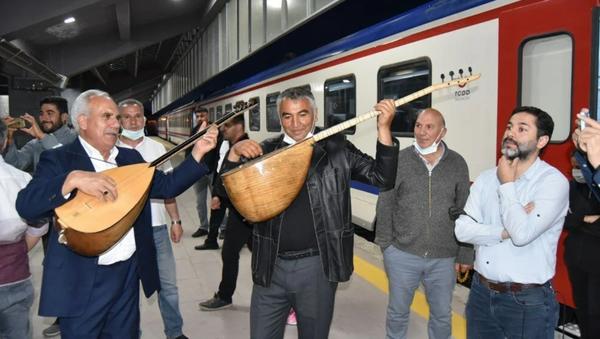 Doğu Ekspresi seferlerine başladı - Sputnik Türkiye