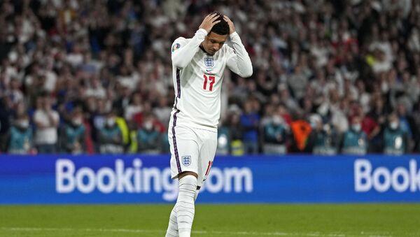 İngiliz futbolcu Jadon Sancho: Nefret asla kazanamayacak - Sputnik Türkiye