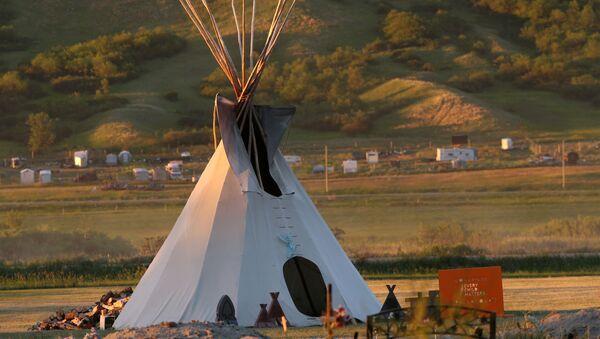 Kanada'da yerli çocukların kaldığı yatılı kilise okulları krizi - Sputnik Türkiye