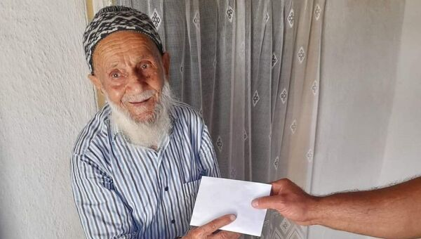 Denizli'de yaşlı adam dolandırıldı - Sputnik Türkiye
