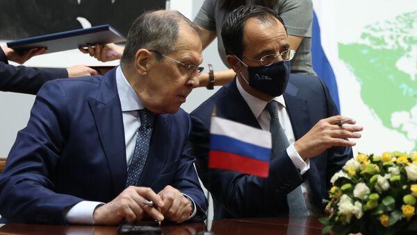 Lavrov - Güney Kıbrıs Dışişleri Bakanı Hristodulidis - Sputnik Türkiye