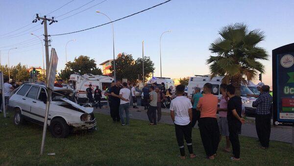 Kahramanmaraş'ta trafik kazası: Ambulans şoförü hayatını kaybetti - Sputnik Türkiye