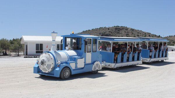 Salda Gölü'nde elektrikli tren dönemi - Sputnik Türkiye