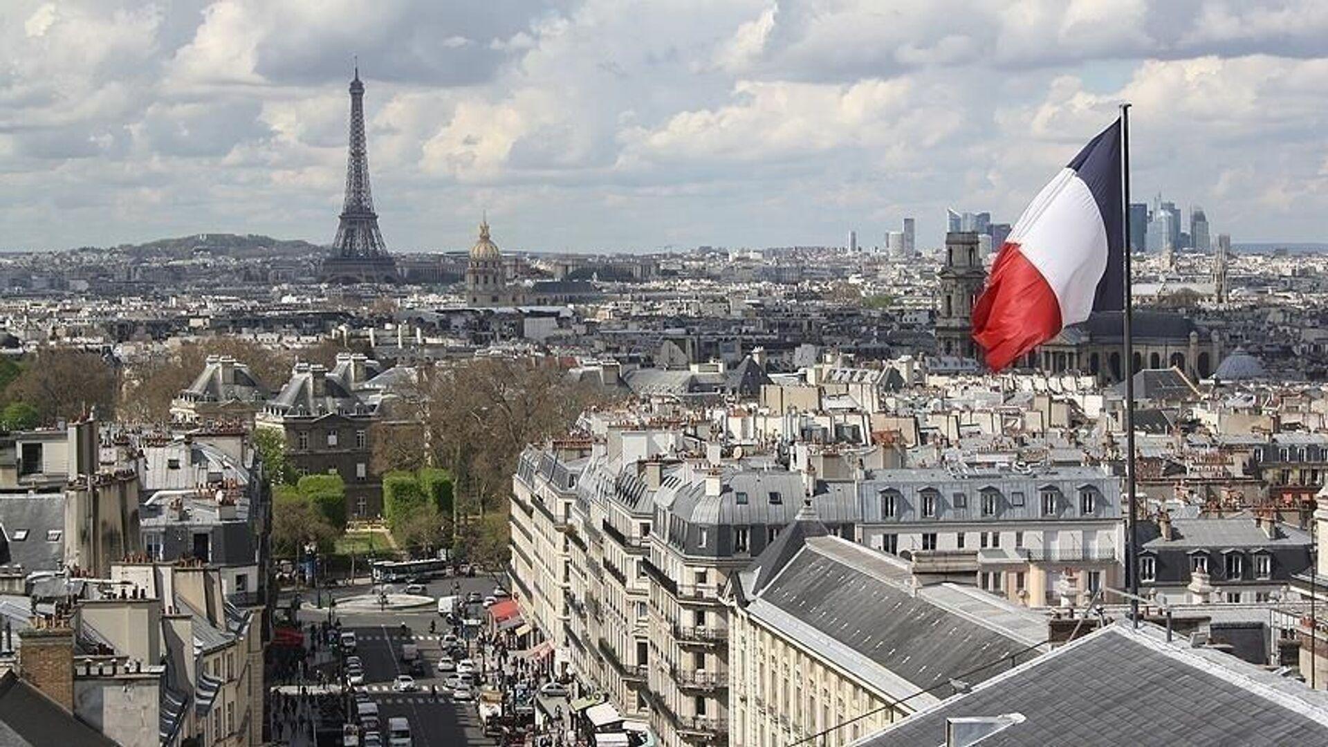 Fransa bayrak Paris Eyfel Kulesi - Sputnik Türkiye, 1920, 14.10.2021
