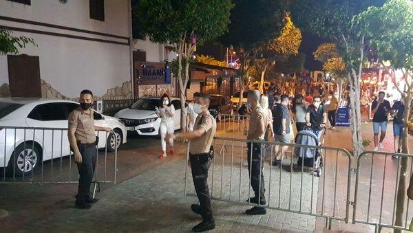 Alanya barlar sokağı giriş - Sputnik Türkiye