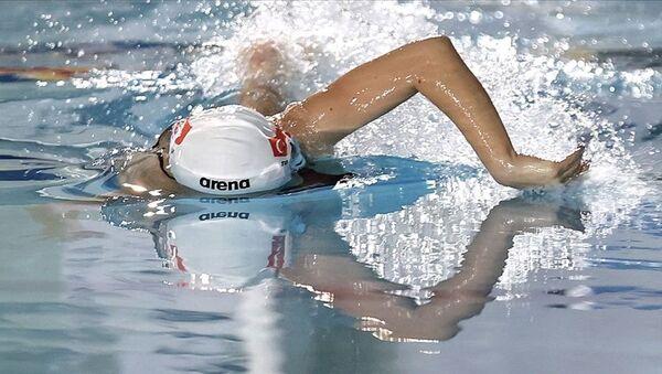 2020 Tokyo Olimpiyat Oyunlarında milli yüzücü Defne Taçyıldız yarı finalde - Sputnik Türkiye