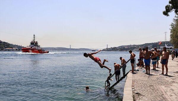 İstanbul'da aşırı sıcak hava - Sputnik Türkiye