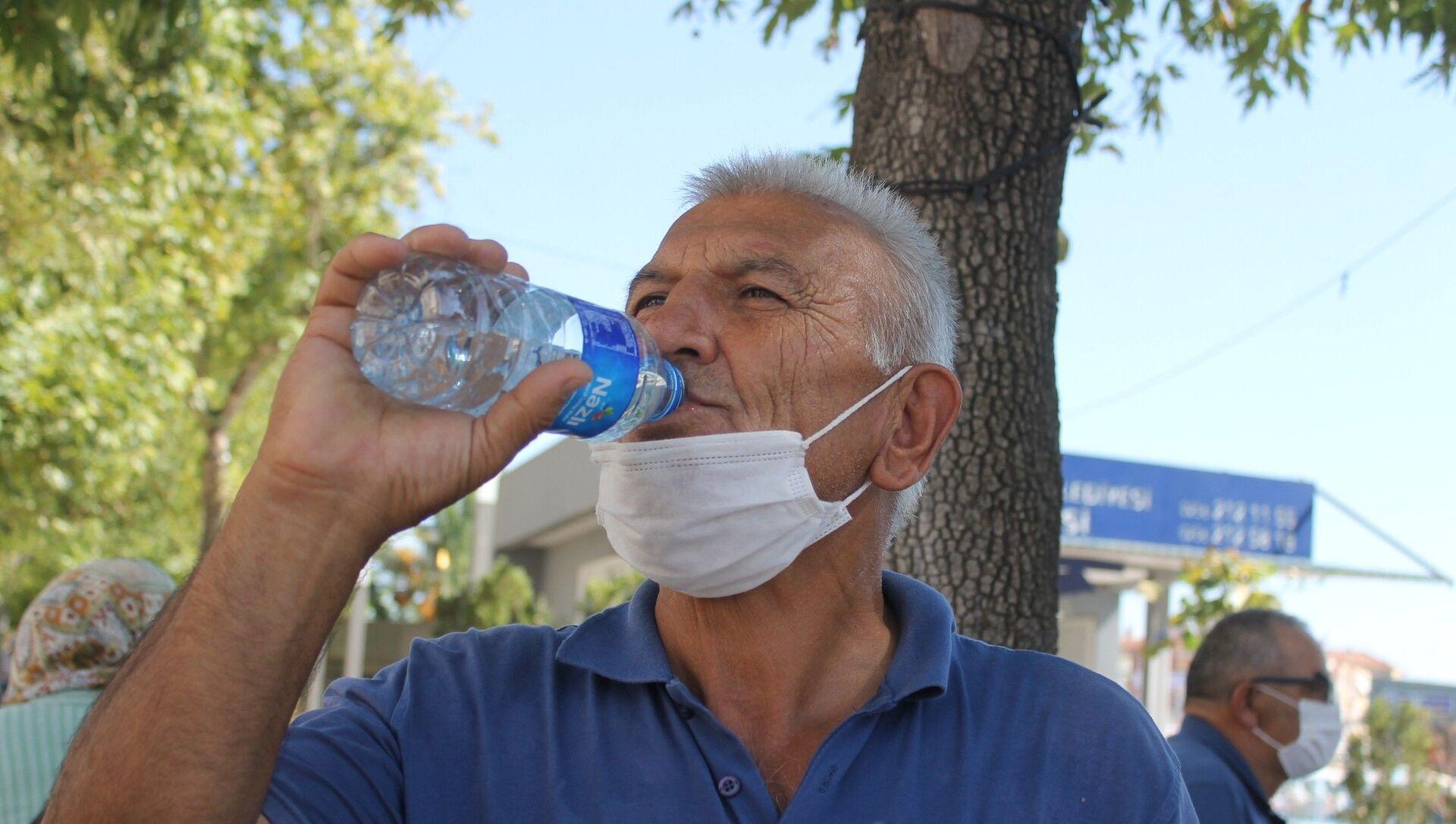 Sıcaklık, su, Aydın - Sputnik Türkiye, 1920, 04.08.2021
