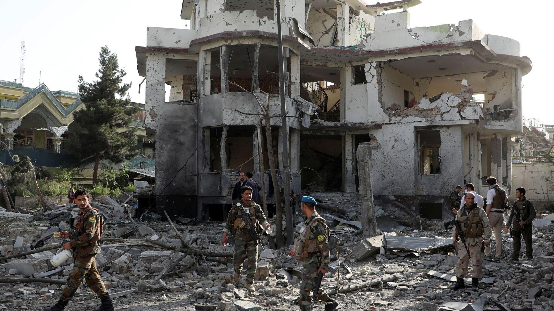 Kabil'de bomba yüklü araçla saldırı: Savunma Bakanı Mohammadi'nin evi hedef alındı - Sputnik Türkiye, 1920, 04.08.2021
