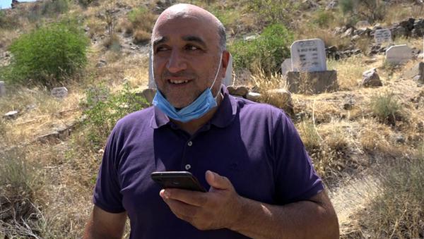 Cep telefonu sadece mezarlıkta çekiyor - Sputnik Türkiye