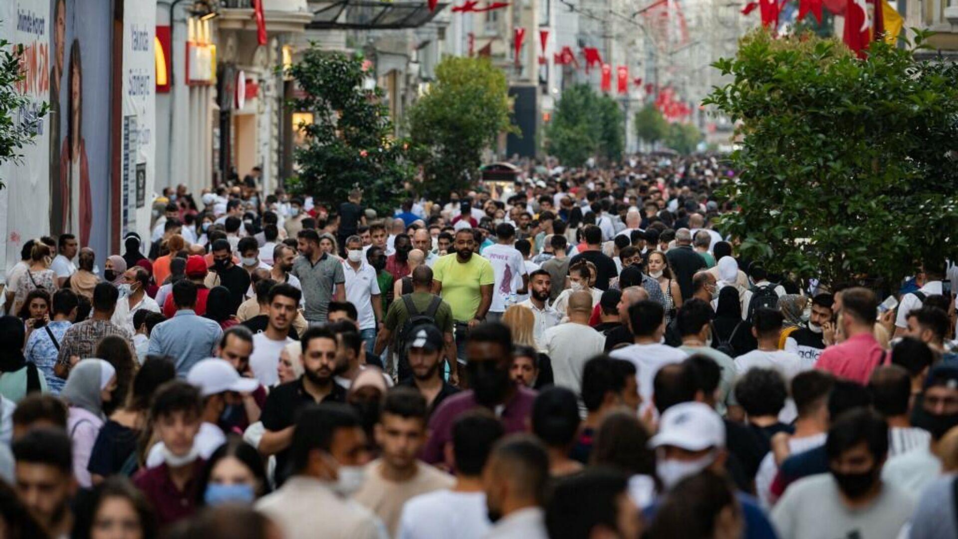 Türkiye - İstanbul - kalabalık - Sputnik Türkiye, 1920, 11.09.2021